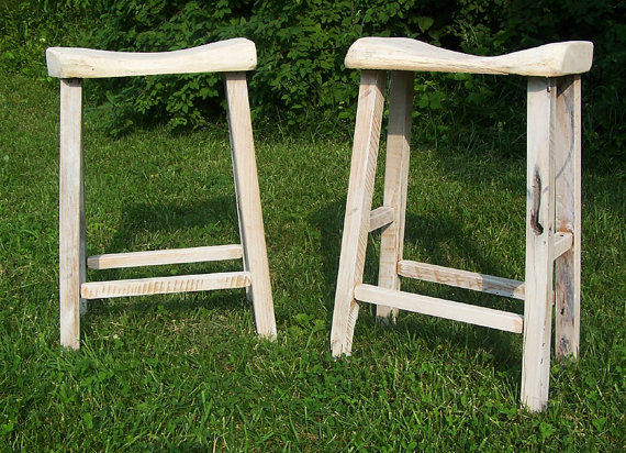Delicieux Reclaimed Oak Live Edge Bar Stools With Whitewashed Pickled Finish