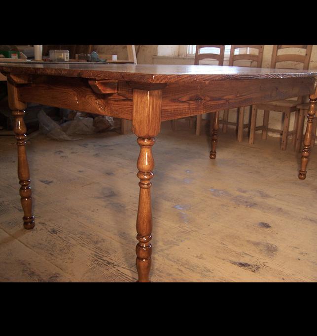 Reclaimed Chestnut Virginia Farm Table With Turned Legs